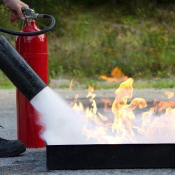 Moderne blusmiddelen: ziet de brandweer door de bomen het bos nog?